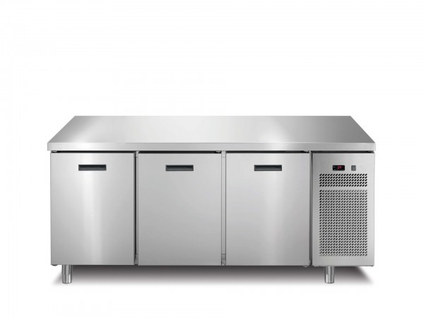Tiefkühltisch 3 Türen ohne Aufkantung 1721 x 700 x 850 mm